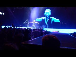 Depeche Mode - Shake the Disease (M.L.Gore - Minsk, Minsk Arena, 29/07/2013)